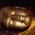 De ontslapen Boeddha in Kushinagar © Maarten Olthof
