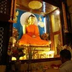 Met Maarten Olthof in de Mahabodhi-tempel in Bodhgaya © Harold Pereira